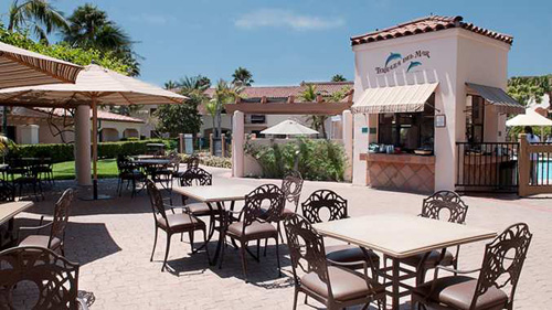 Dining at Terraza del Mar Pool BBQ