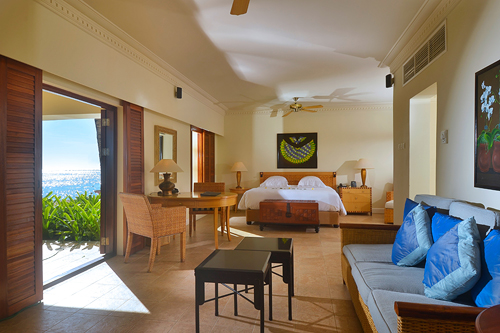 Our One Bedroom Suite with Lounge – Beach Access
