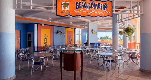 Dining at Beachcombers